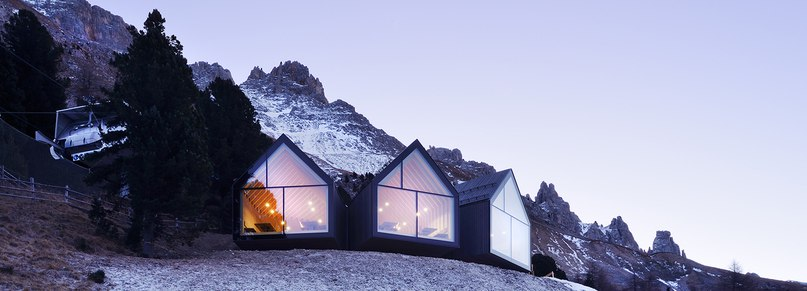 peter pichler completes wood-wrapped mountain restaurant in