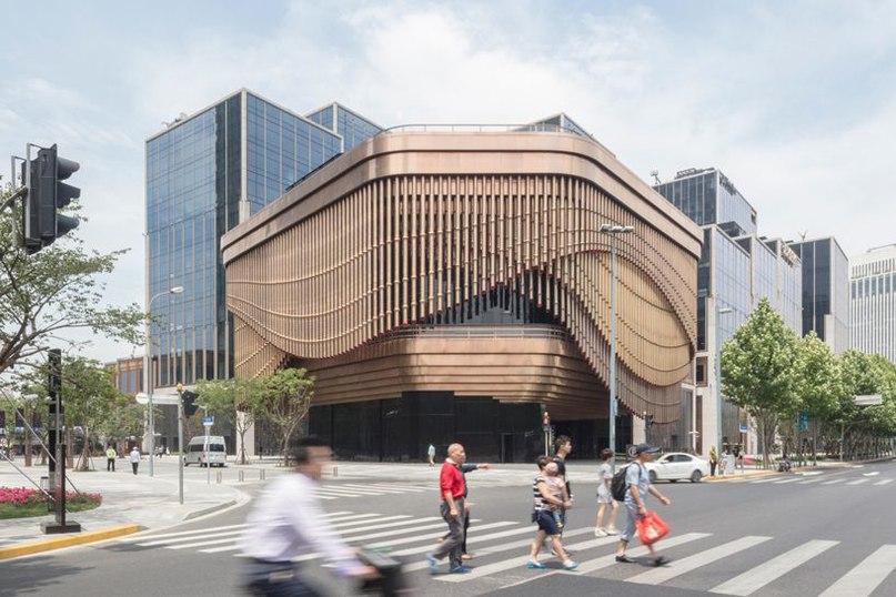 bund finance centre by heatherwick studio