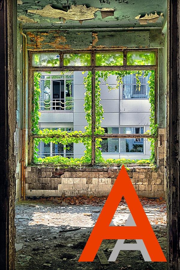 """Проект фотографа из Бухареста Marco Marinescu с красивым названием """"Filantropia"""" - A Forgotten Ruin."""